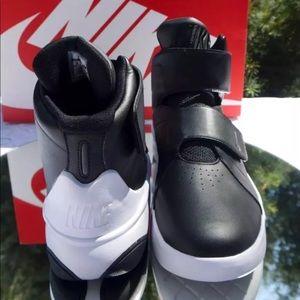 Nike Marxman Black/White Basketball Men's 10